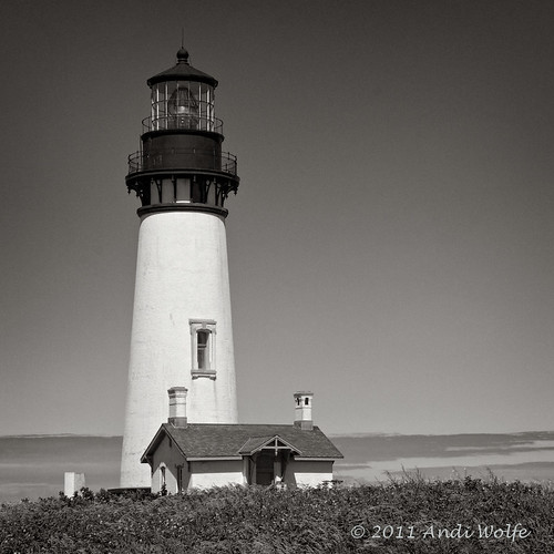 Yaquina Head Lighthouse (B&W) by andiwolfe (temporarily busy)