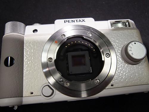 PENTAX Q White06 Q mount