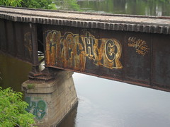 HC (Reckless Artist) Tags: bridge minnesota foot graffiti failure minneapolis crew swamp fails hc hesh swampfoot