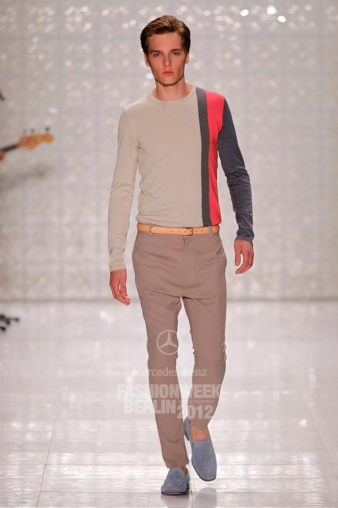 Lennart Richter3014_SS12 Berlin Kilian Kerner(Mercedes-Benz Fashion Week)
