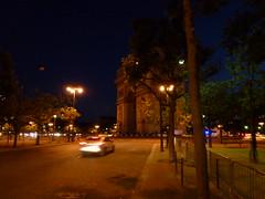 Arc de Triomphe @ Paris (ksquare77) Tags: paris france europe 06 arcdetriomphe  2011