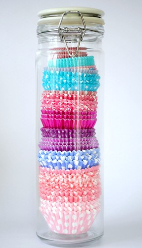 Cupcake wrapper storage