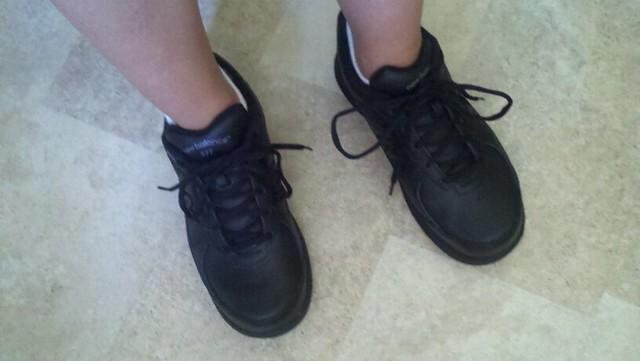new balance walking sneakers