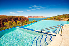 One of the most stunning pools in Australia? (Jesper Blow) Tags: lake water pool swimming swim canon big view oz infinity large australia western stunning wa aussie kimberley argyle 1020mm westernaustralia infinitypool lakeargyle 50d