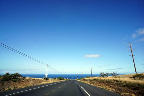 海が見える道