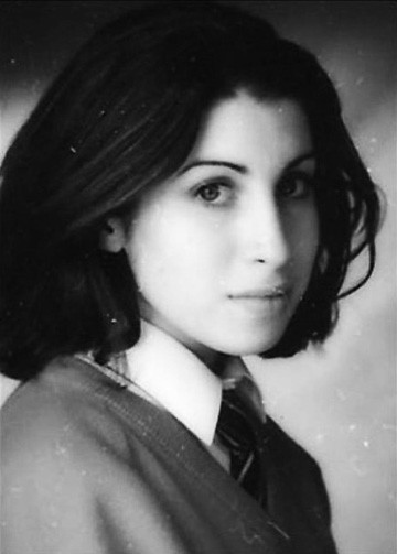 young_amy_winehouse__by_unacanella
