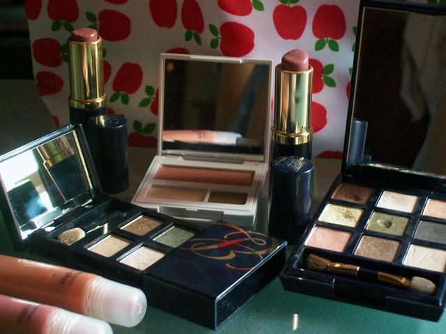 Sombras y lipsticks
