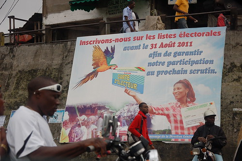 Campaign poster to encourage registration on eclection lists, in Douala, Cameroon, July 2011 - Image by Flickr user verni22im, published under CC BY licence.