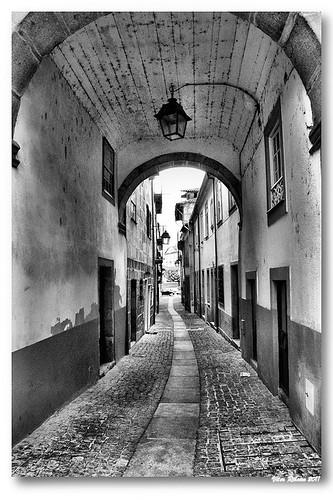 Casa do Arco (b/w) by VRfoto