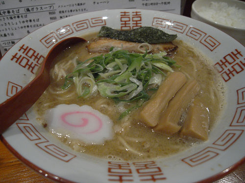 優しい味でじんわり美味『中華そば ひのき屋』@奈良市
