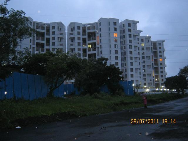 Paranjape Schemes' Gloria at Bavdhan, on Paud Road, Kothrud Annexe, Pune