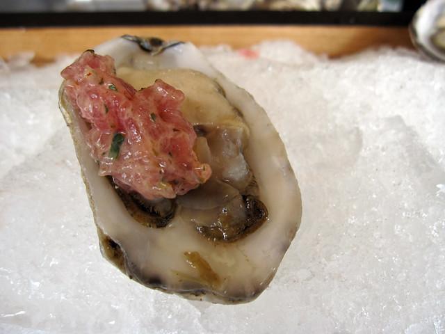 Oyster tuna tartare