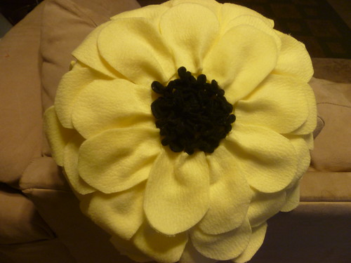 Taylor's flower pillow
