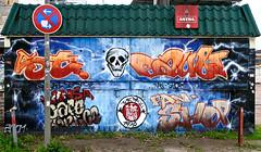 HH-Graffiti 336 (cmdpirx) Tags: urban streetart art st wall writing painting skeleton skull graffiti mural paint artist wand character hamburg can spray container crew sp hh writer bone hiphop hip hop graff piece aerosol fc stpauli bombing legal pauli wildstyle knstler skelett knochen fatcap schdel strassenkunst fcsp