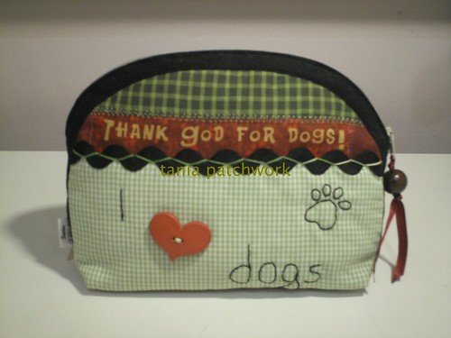 Necessaire Love Dogs by tania patchwork
