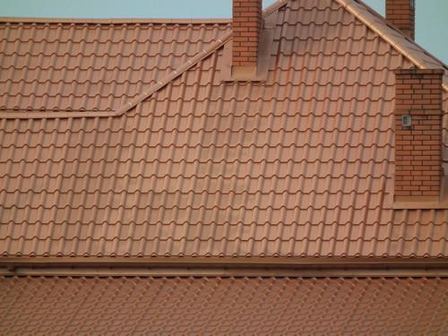 Dach z dachówki ceramicznej
