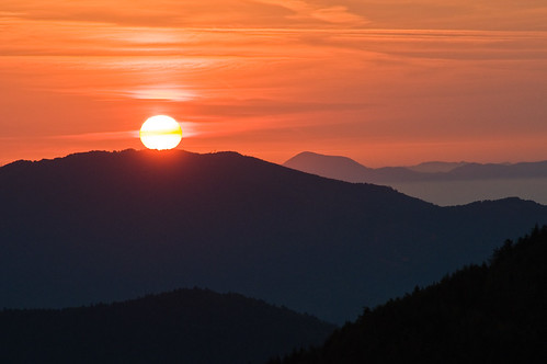 Lever de soleil sur les Vosges à Rouge Gazon