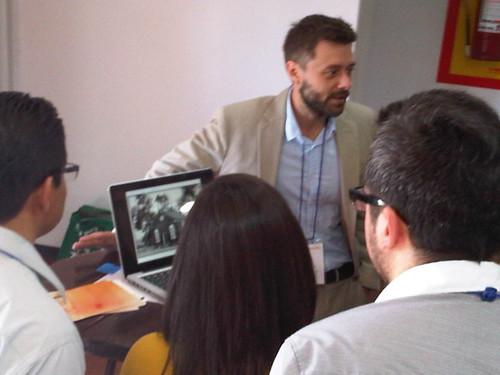 Eric presenting at TechCamp Montevideo