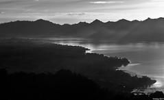 A disply B&W (yimING_) Tags: bali zeiss sunrise landscape lakebatur rayoflight lakeviewhotel nikond3 makroplannar 100mmmakro carlzeiss100mm nikond3s carlzeiss100mmf2tmakroplanar tasikbatur