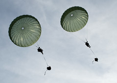 Twin chutes (U.S. Army Europe Images) Tags: canada jump military poland parachute multinational usarmyeurope bumgardner 173rdairbornebrigadecombatteam dragon11