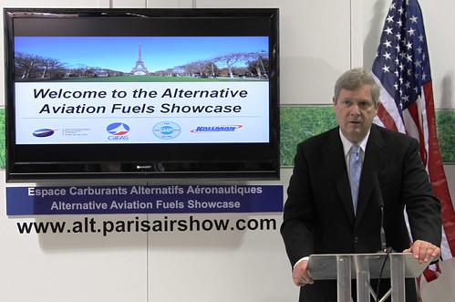 Agriculture Secretary Vilsack Highlights USDA's Efforts to Expand the Biofuels Industry at the Paris Air Show