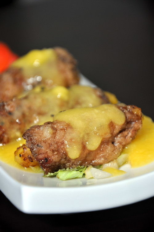 Beef Mango Roll