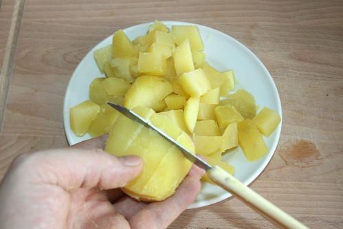 17 - Kartoffeln schälen und würfeln