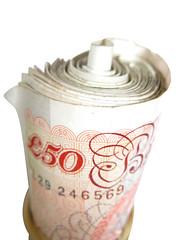 Сбор налогов в Великобритании упал