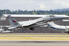 84-0031 (sabian404) Tags: oregon plane portland airplane 1 airport fighter eagle aviation air guard flight jet fast rage off international national take pdx ang douglas departure takeoff departing mcdonnell f15 redhawks f15c kpdx 84031 oang 142dfighterwing 123dfightersquadron 840031