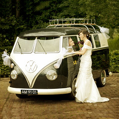 Wedding / Bruiloft (siebe ) Tags: wedding holland bus love netherlands dutch car vw volkswagen groom bride couple nederland bruid bruidegom trouwfoto bruidsreportage trouwreportage bruidsfotografie bruidsfoto