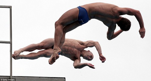 Tom Daley puts on a Shanghai spectacular in breathtaking display with diving partner  3