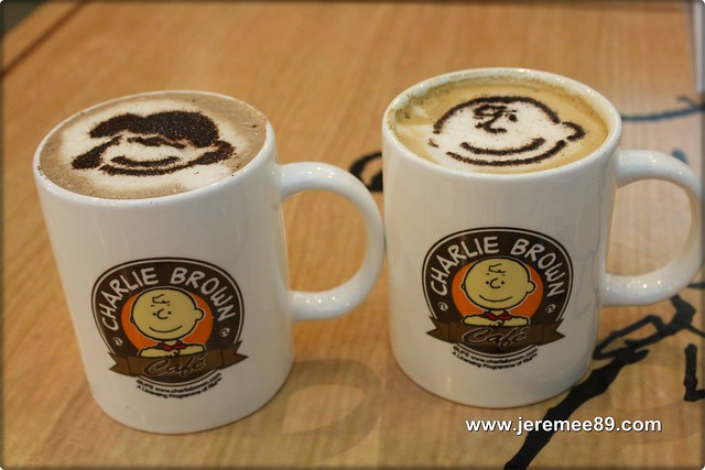 Charlie Brown @ Straits Quay - Chocolate & Cappucino