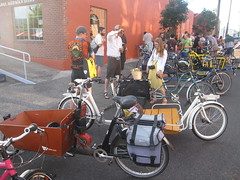 cargobike roll call_04 (METROFIETS) Tags: green beer bike bicycle oregon garden portland construction paint nw box handmade steel weld coat transport craft cargo torch frame pdx custom load cirque woodstove builder haul carfree hpm suppenkuche stumptown paragon stp chrisking shimano custombike cargobike handbuilt beerbike workbike bakfiets cycletruck rosecity crafted 4130 bikeportland 2011 braze longjohn paradiselodge seattlebikeexpo nahbs movebybike kcg phillipross bikefun obca ohbs jamienichols boxbike handmadebike oregonhandmadebikeshow nntma hopworks metrofiets cirqueducycling oregonmanifest matthewcaracoglia palletbike oregonframebuilder seattlebikeshow bikefarmer trailheadcoffee cargobikerollcall