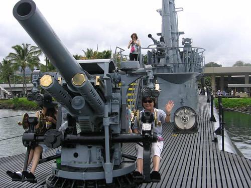 USS Bowfin deck gun