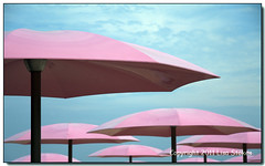 Umbrellas (Lisa-S) Tags: pink toronto ontario canada umbrella lisas invited sugarbeach 50d 9856 copyright2011lisastokes getty2011 flickropen getty20110804
