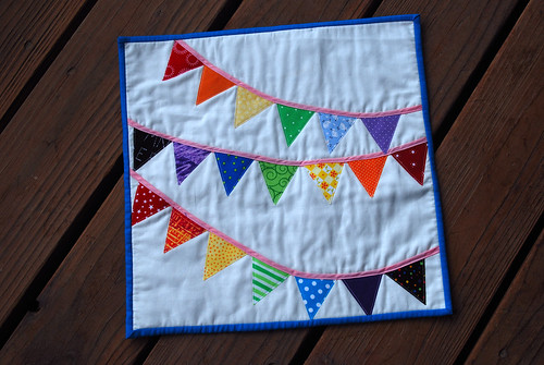 Bunting Mini Quilt