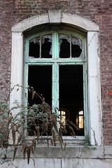 Fort La Chartreuse (sensaos) Tags: urban abandoned window la europa europe belgique fort decay military exploring ruin chartreuse belgi infiltration exploration liege luik trespassing ue lige belgien lttich