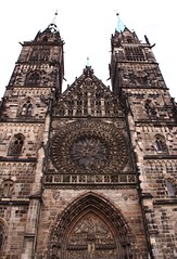 Cathedral in Nrnberg (:Linda:) Tags: germany bavaria franconia town nrnberg nuremberg wimperg church clocktower two twins circular windos rosette kirche gothic portalbekrnung archivolt metalroof