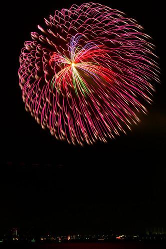 2011 名古屋みなと祭り花火大会(Nagoya Harbor FireWorks Festival) by monoblogoo