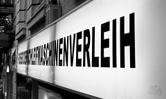 one word, 32 letters! (spanier) Tags: light store display hamburg german language 32 geschft weidenallee leuchtreklame verleih fussbodenschleifmaschinenverleih guessedhamburg schleifmaschine guessedby11ven