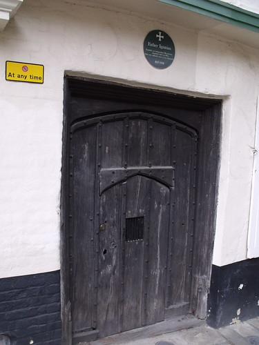 Elm Hill Craft Shop - Elm Hill, Norwich - door