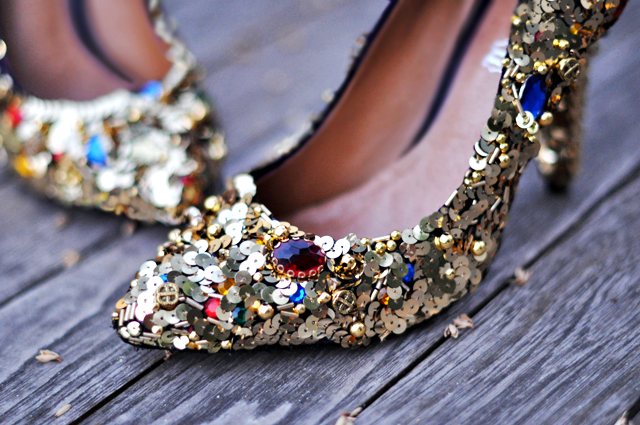 Dolce & Gabbana - Embellished shoes diy + gold sequins and gem dolce and gabbana shoes diy pumps