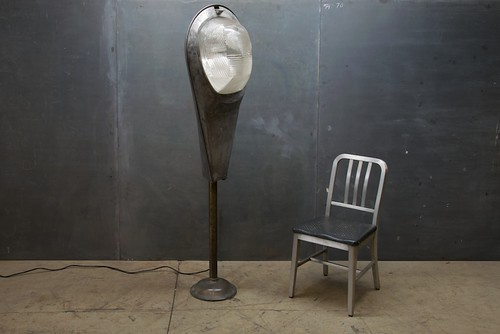 86_1115super-guppy-floor-lamp-industrial-mucc5