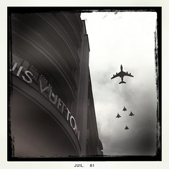 Planes over Paris (Airicsson) Tags: city urban blackandwhite bw paris plane vintage parade champselysées louisvuitton iphone georgev rafale iphoneography hipstamatic