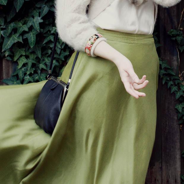 green maxi skirt i