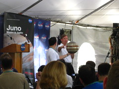 Juno Orbit Demonstration with Steve Matousek and @jpmajor