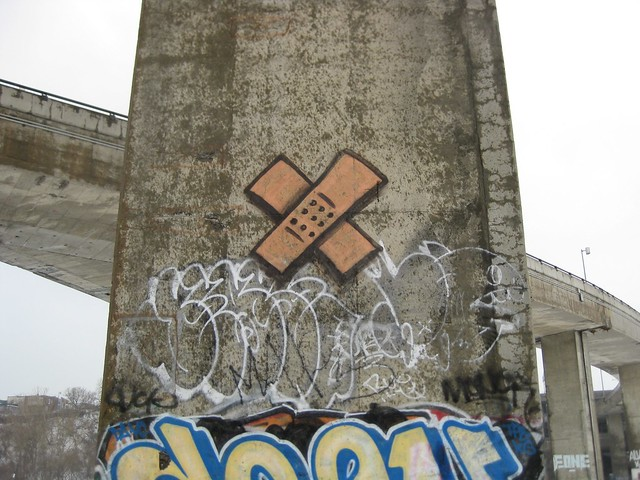 concrete bobo