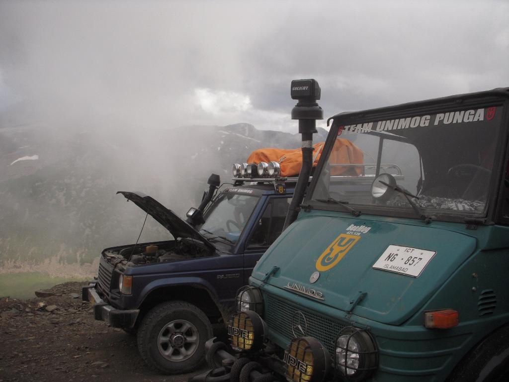 Team Unimog Punga 2011: Solitude at Altitude - 6016733125 2b1f792073 b