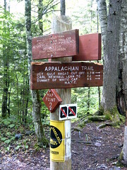 Gulf Hagas trail sign (ems18) Tags: chris summer hiking jennifer maine august appalachiantrail screwaugerfalls gulfhagas 100milewilderness piscataquiscounty