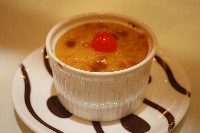 Some sort of creme brulee